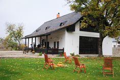 Evadare de weekend: Cele mai frumoase conace de lux din România Archi Design, Romania, Travel Destinations, Tourism, Mai, Places, Outdoor Decor, Modern, Lily