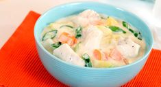 Fish And Seafood, Fish Recipes, Cheeseburger Chowder, Sour Cream, Potato Salad, Mashed Potatoes, Soup, Dinner, Ethnic Recipes