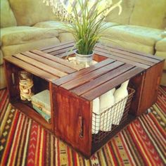 Si tienes cajas de madera que no usas, conviértelos en muebles increíbles. http://bit.ly/1pkO4Do