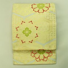 Ivory, gold turtleshell, fukuro obi / パーティーコーデにも アイボリー地 金の亀甲華紋柄 六通化繊袋帯 #Kimono #Japan http://www.rakuten.co.jp/aiyama/