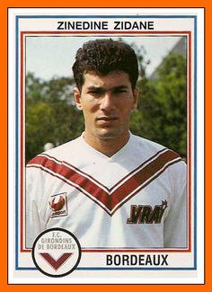 Zinedine Zidane w FC Girondins Bordeaux Uefa Football, Football Icon, Best Football Players, Football Design, Retro Football, World Football, Vintage Football, Soccer Players, School Football