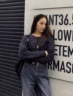 Krystal Sulli, Krystal Jung Fashion, Jessica & Krystal, Korea Fashion, Woman Crush, Ulzzang Girl, Korean Girl Groups, Kpop Girls, Autumn Winter Fashion