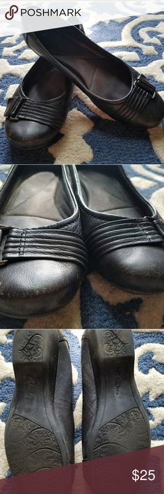 Clarks black *comfy* office flats size 10 A lovely wide toe box and thick padding ensures that in  these beauties you will feel like you are walking on air! Some wear on the soles and scuffs (see photos). Great shoe for walking/ standing throughout the day. Clarks Shoes Flats & Loafers