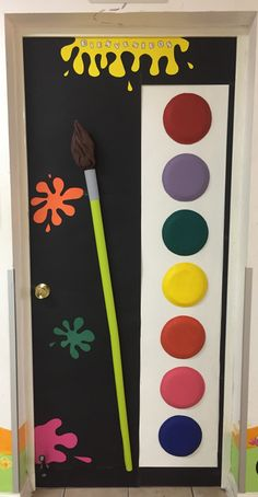 Welcome door decoration Classroom Door, Classroom Themes, Art Drawings For Kids, Art For Kids, Art Room Doors, Art Bulletin Boards, Daycare Themes, St Patricks Day Crafts For Kids, School Door Decorations