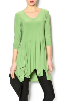 Kiwi colored full skirted tunic with a round neckline. Pair with our navy mix mesh leggings.   Chakra Tunic by Sympli. Clothing - Tops - Short Sleeve Clothing - Tops - Tunics Clothing - Tops - Blouses & Shirts Mississippi