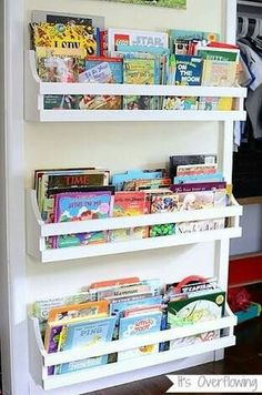 Cool 60 Simple Diy Book Nook Ideas For Kids. More at https://trendecorist.com/2018/02/26/60-simple-diy-book-nook-ideas-kids/