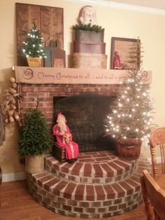 Primitive Christmas Fireplace, my sis fixed this up-- genius!