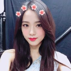Image about kpop in -kim jisoo by abi on We Heart It Kpop Girl Groups, Korean Girl Groups, Kpop Girls, Got7 Yugyeom, Blackpink Jisoo, Kim Jennie, Yg Entertainment, Forever Young, Mamamoo