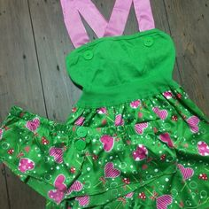Pout VS Pajamas I've worn this Victoria's Secret cami and sleep short set every other Christmas for about 5-6 years! So it's time for them to have a new home. Excellent condition, green, pink, and red. Straps criss cross. Victoria's Secret Intimates & Sleepwear Pajamas