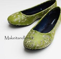 DIY Shoe Refashion: DIY Mod Podge Shoes: DIY Shoes: DIY Fashion: DIY Refashion: DIY Upcycle
