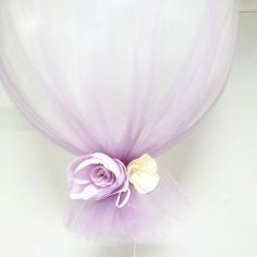 Tulle + Balloons = the perfect baby / bridal shower decoration.  #brattdecor #babyshower #balloon #tulle #decorations