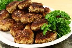 Food Inspiration, Bacon, Pork, Food And Drink, Cooking Recipes, Beef, Chicken, Dinner, Ethnic Recipes