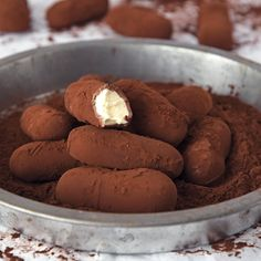 Winter Desserts, Just Desserts, Caramel Bonbons, Bakery Recipes, Dessert Recipes, Fingerfood Party, Chocolate Sweets, Party Finger Foods, Yummy Food