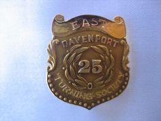 RARE ESTATE 14K YELLOW GOLD EAST DAVENPORT TURNING SOCIETY 25 YEAR PIN 4.2 GRAMS