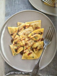 Duck and foie gras ravioli with marsala reduction - Scarpetta Foie Gras, Ravioli, Party Food Dishes, Port Wine, Pasta Noodles, Noodle Recipes, Marsala, Food Inspiration, Appetizers