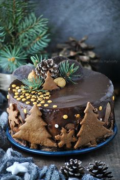 Christmas Deserts, Christmas Cake Decorations, Christmas Dishes, Sweet Recipes, Cake Recipes, Dessert Recipes, Fondant Cake Tutorial, Elegant Birthday Cakes, Winter Desserts