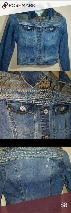 EMBROIDERED  DENIM JACKET EMBROIDERED  DENIM JACKET Size: Small 98% Cotton    2% Spandex Preowned  EUC Jackets & Coats Jean Jackets