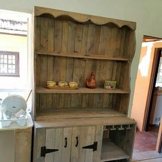 Fill Your Home Interior With Pallet Furniture