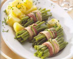 Embrulhos de feijão verde e batatas