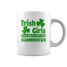 Custom Names Shamrock Irish Girls Coffe Mug for st patricks day party T-Shirts