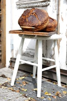 Verdens bedste og nemmeste hjemmebagte brød | Sif Orellana Fun Baking Recipes, Bread Recipes, Danish Food, Bread Bun, Home Food, Dough Recipe, Bread Baking, Baked Goods, Scones