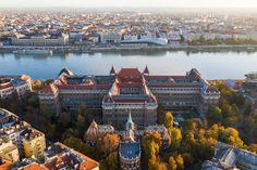 A 145 éves Budapest múltjának legszebb épületei és környékei Bódis Krisztián őszi drónfotóin. Budapest, River, Outdoor, Retro, Photos, Europe, Outdoors, Pictures, Outdoor Games