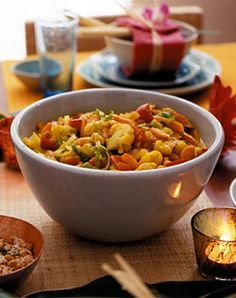 Gemüsecurry in Kokosnussmilch aus Living at Home | kcal: 45 | 45 min | Zutaten…