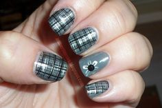 cute plaid nails
