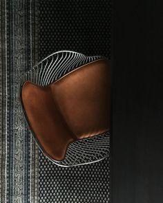Satin chrome finish / Yellowstone whiskey leather by Overgaard & Dyrman