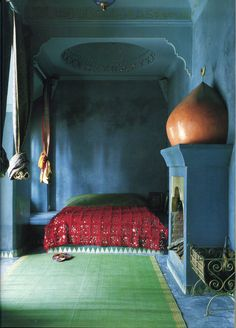 The World of Interiors, October 2002. Photo - René Stoeltie