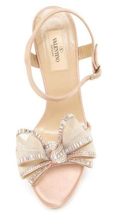 Gorg blush valentino sandals with silver bow