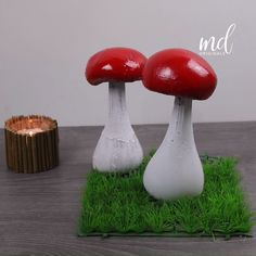 Mushrooms as home decoration are definitely not an ordinary thing that you get to see often! By: MetDaan Originals crafts diy Diy Cement Planters, Cement Art, Concrete Crafts, Concrete Art, Concrete Projects, Concrete Garden, Mushroom Crafts, Mushroom Decor, House Plants Decor