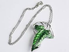Elven Leaf Necklace - www.fandomjewellery.com