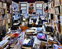 """Bedroom Rockers"" – DJs and their bedrooms/livingrooms, by Christpher Woodcock"