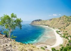 Top Attractions in Dili City, East Timor - TravelingEast Destinations, Famous Beaches, Timor Leste, Hawaiian Islands, Countries Of The World, Southeast Asia, Travel Inspiration, Fun Facts, Places To Visit