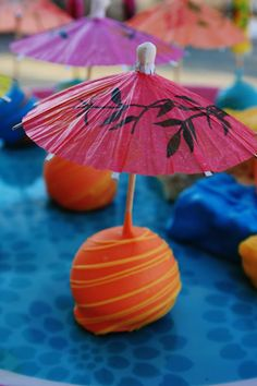 luau desserts | Share Dessert: Luau Parasol Pops and Rice Krispie Treats {Cake Pops}