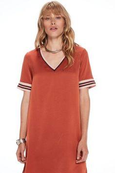 Scotch&Soda / Different. Short Sleeve Dresses, Dresses With Sleeves, Scotch Soda, Shirt Dress, T Shirt, Fashion, Supreme T Shirt, Moda, Shirtdress