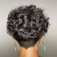 Pixie Cut Curly Hair, Short Curly Cuts, Short Curly Hairstyles For Women, Pixie Cut With Bangs, Short Curls, Curly Hair Styles, Short Wavy Pixie, Messy Pixie, Curly Bangs