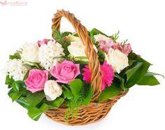Spring joy - Cos cu trandafiri, gerbera si zambile Spring Flower Bouquet, Spring Flowers, Gerbera, Spring Collection, Spring Colors