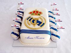 real madrid fan cake Soccer Birthday Parties, Soccer Party, Cakes For Men, Cakes And More, Sport Cakes, Soccer Cakes, Real Madrid Cake, Buttercream Fondant, Man Party