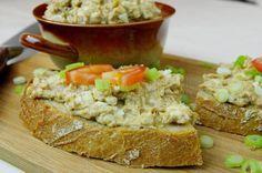 Škvarková pomazánka Fried Rice, Fries, Food And Drink, Ethnic Recipes, Nasi Goreng, Stir Fry Rice