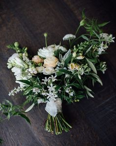 Jess' beautiful bouquet from Friday from lovely Naomi @leafandhoney by annakidmanweddings