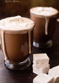"The Worlds Best Hot Chocolate (recipe) - ""It does not get much better than hot chocolate, esp topped with fresh whipped cream or homemade marshmallows"" Hot Chocolate Recipe Easy, Homemade Hot Chocolate, Hot Chocolate Bars, How To Make Chocolate, Chocolate Treats, Yummy Drinks, Yummy Food, Healthy Food, Real Food Recipes"