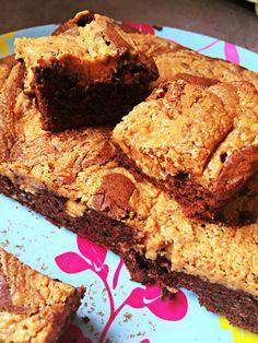 Brownie ultra gourmand, chocolat et beurre de cacahuètes crunchy....Dans le moule carré Flexipat ou le Tablette Flexipan !