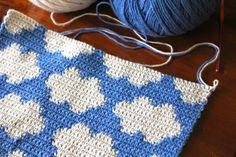 little woollie: Tapestry crochet clouds, and a winner!