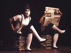 """Em cartaz na Arena Carioca Dicró, o espetáculo infantil """"Zigg Zogg"""" é um trabalho gestual que utiliza os recursos da pantomima, do clown, com interferências das artes plásticas, música, dança contemporânea, ilusionismo, animação de objetos, e linguagem do teatro de imagens com gestos típicos dos desenhos animados. Aos domingos, às 16h, com entrada Catraca Livre....<br /><a class=""""more-link""""…"""