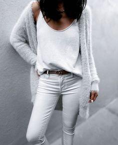 Weiße Jeans im Destroyed Look, Weite 30, von Amy Gee