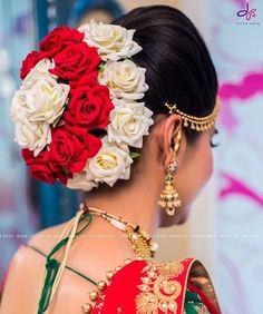 New wedding hairstyles indian taken before Ideas - All For Bridal Hair Bridal Hairstyle Indian Wedding, Bridal Hair Buns, Bridal Hairdo, Indian Bridal Hairstyles, Wedding Hairstyles For Long Hair, Bridal Pics, Saree Hairstyles, Bride Hairstyles, Brunette Hairstyles