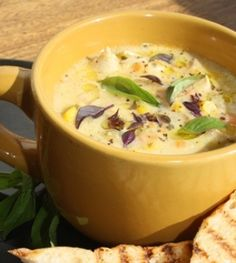 chicken and corn chowder - sub out the evaporated milk for normal and adjust for consistency Healthy Meals To Cook, Healthy Cooking, Healthy Recipes, Healthy Food, Chowder Recipes, Soup Recipes, Chowder Soup, Chicken Recipes, Chicken Corn Chowder