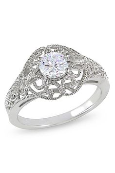 I want this ring for my weddibg(: wow, the detail is stunning